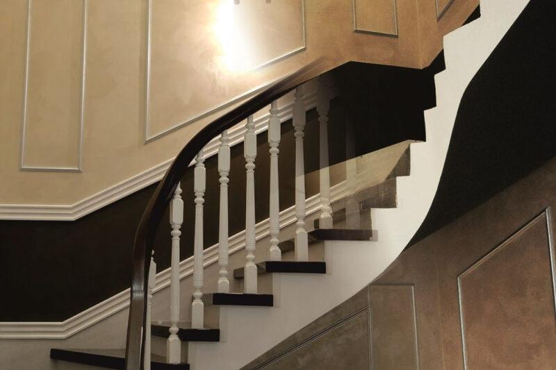 Как отделать лестницу в доме?