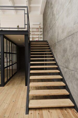 Как рассчитать каркас лестницы?
